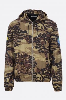 GIVENCHY: giacca a vento in nylon a stampa camouflage Colore Marrone