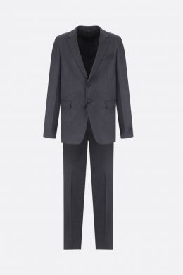 two-pieces suit in stretch wool