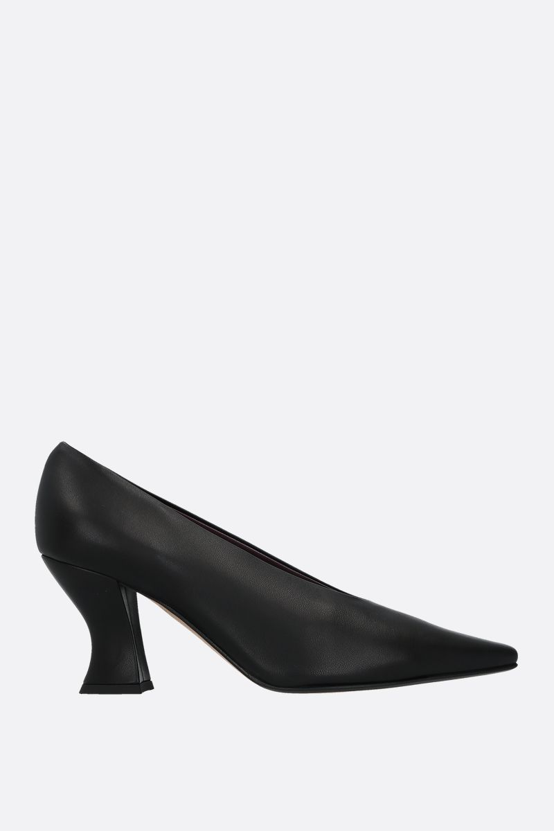 BOTTEGA VENETA: Almond nappa leather pumps Color Black_1