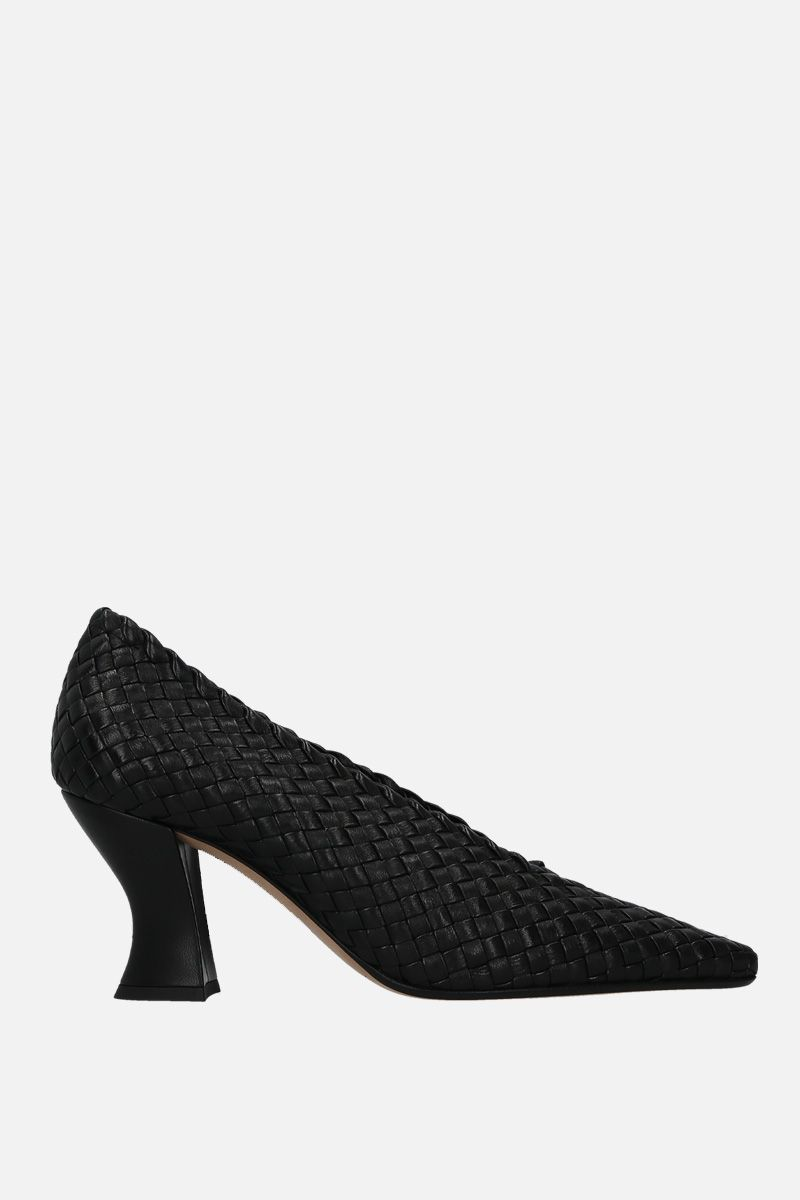 BOTTEGA VENETA: Almond pumps in Intrecciato nappa Color Black_1