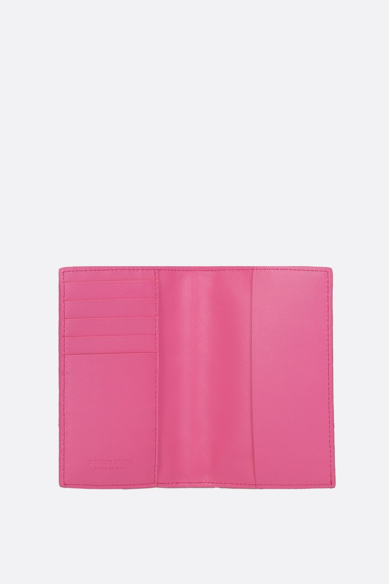 BOTTEGA VENETA: Intrecciato nappa passport holder Color Pink_2