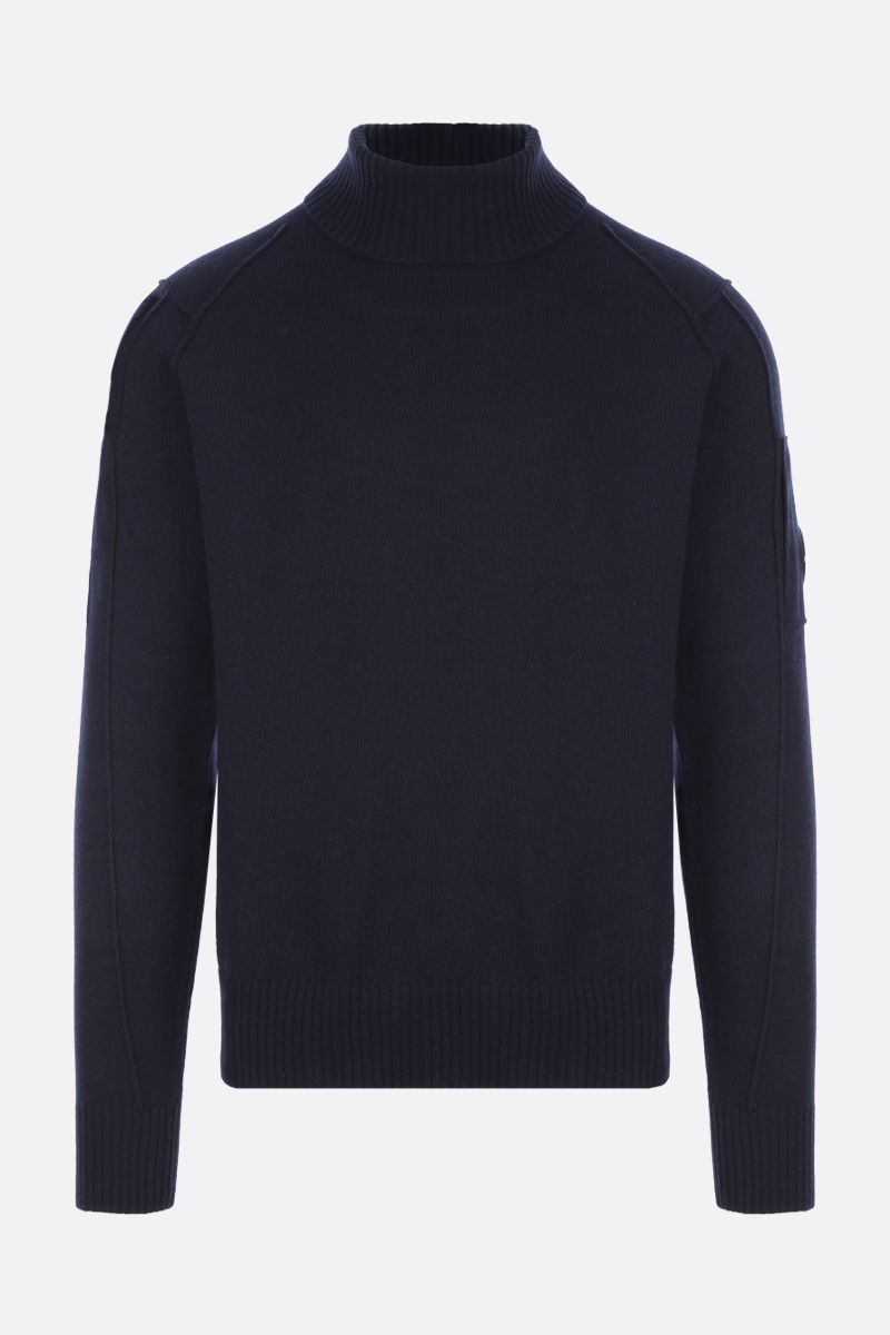 CP COMPANY: logo-detailed technical wool turtleneck_1