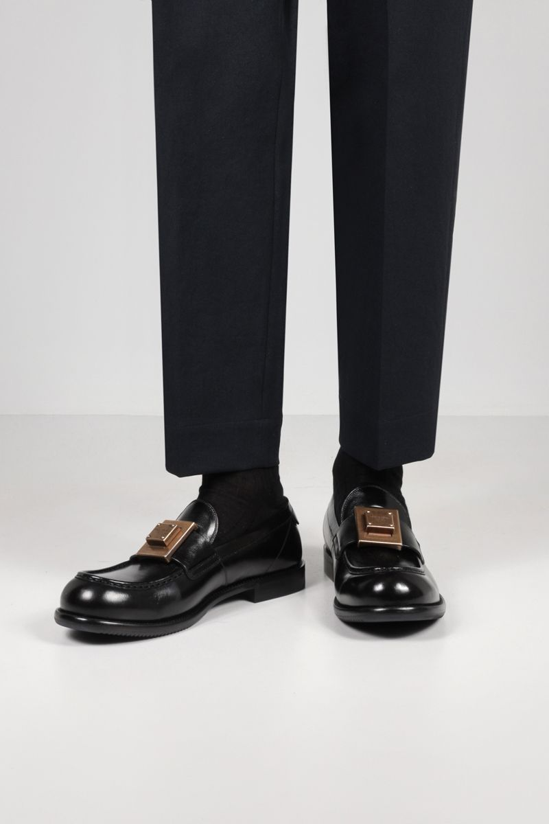 DOLCE & GABBANA: Mino shiny leather loafers Color Black_2