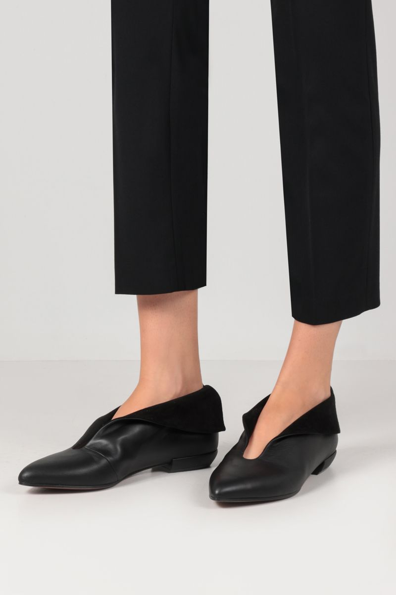 FERRAGAMO'S CREATIONS: Adal smooth leather and suede flat shoes Color Black_2