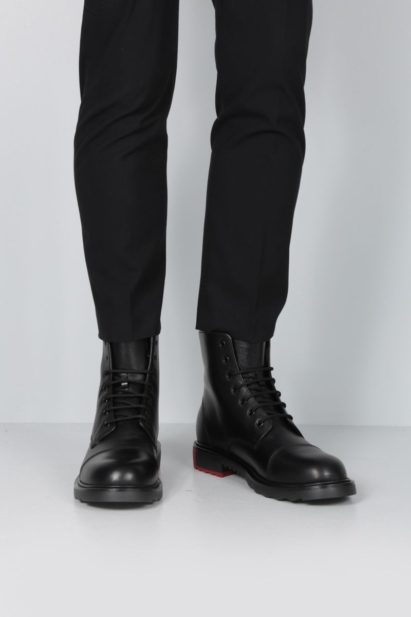 VALENTINO GARAVANI: VLOGO Smooth leather combat boots Color Black_2