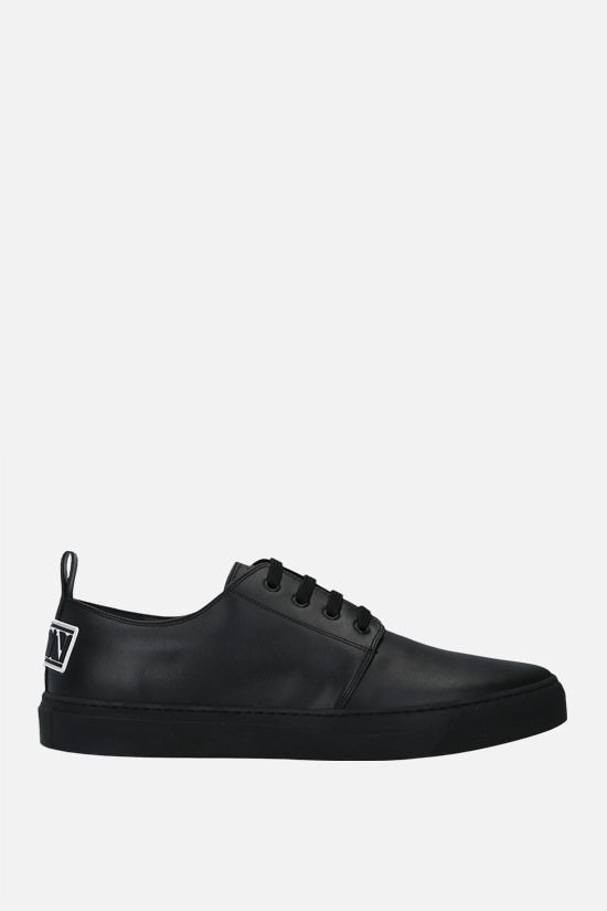 VALENTINO GARAVANI: VLTN tag smooth leather sneakers Color Black_1