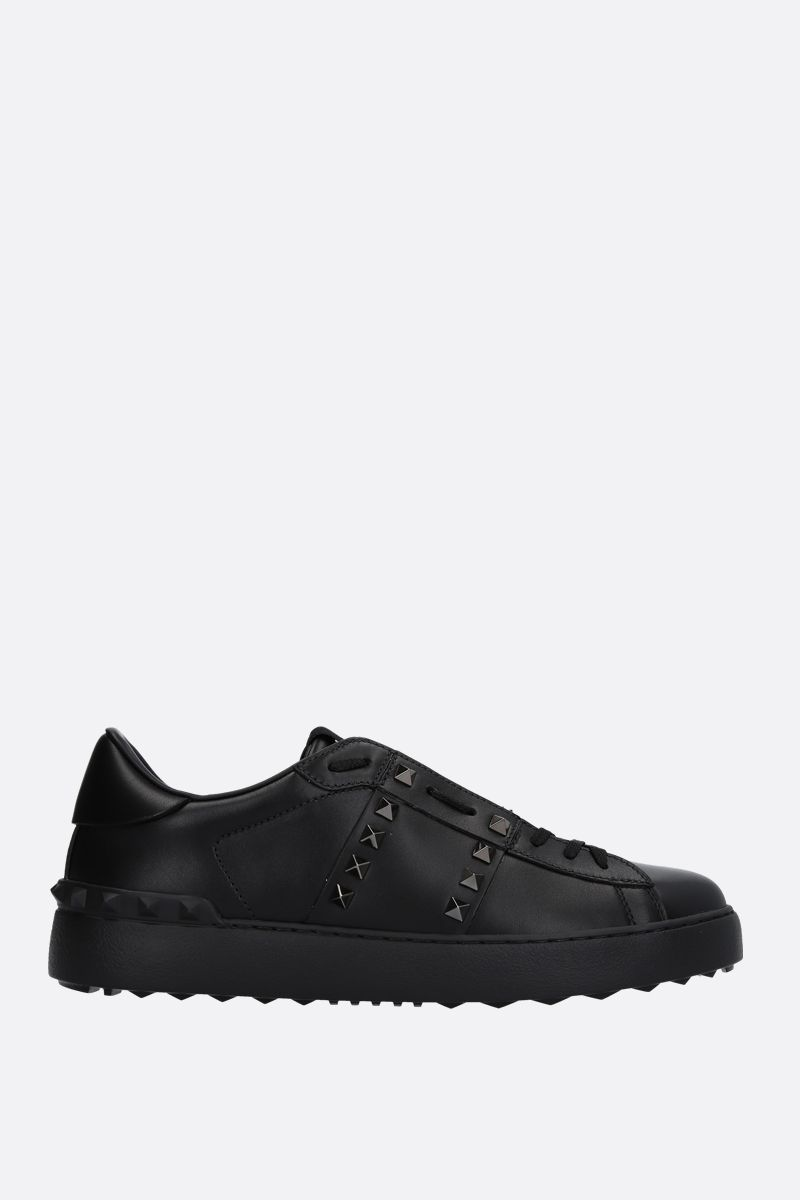 VALENTINO GARAVANI: Rockstud Untitled Noir smooth leather sneakers Color Black_1