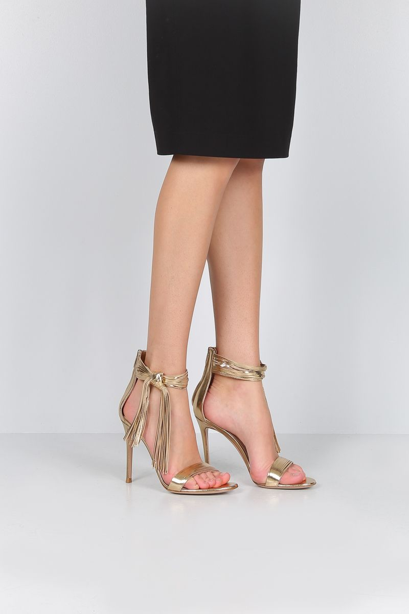 GIANVITO ROSSI: Noelle sandals in laminated nappa Color Gold_2