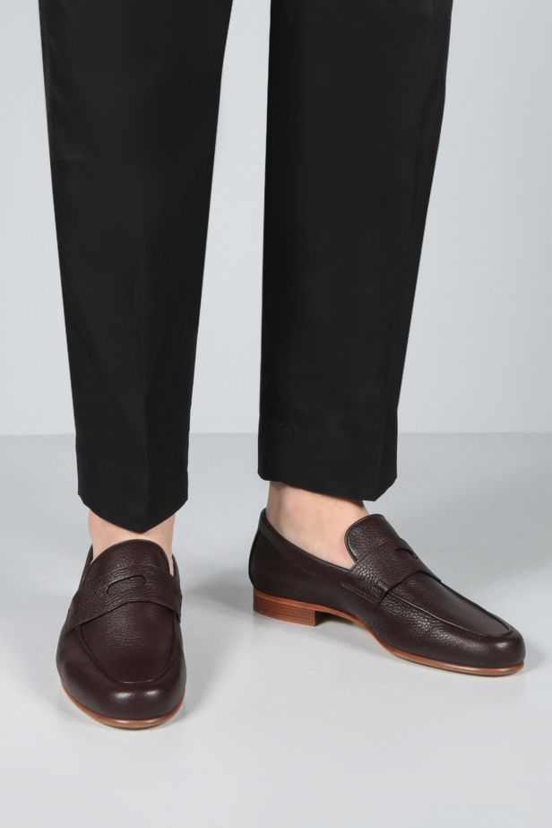 JOHN LOBB: Hendra grainy leather loafers Color Brown_2