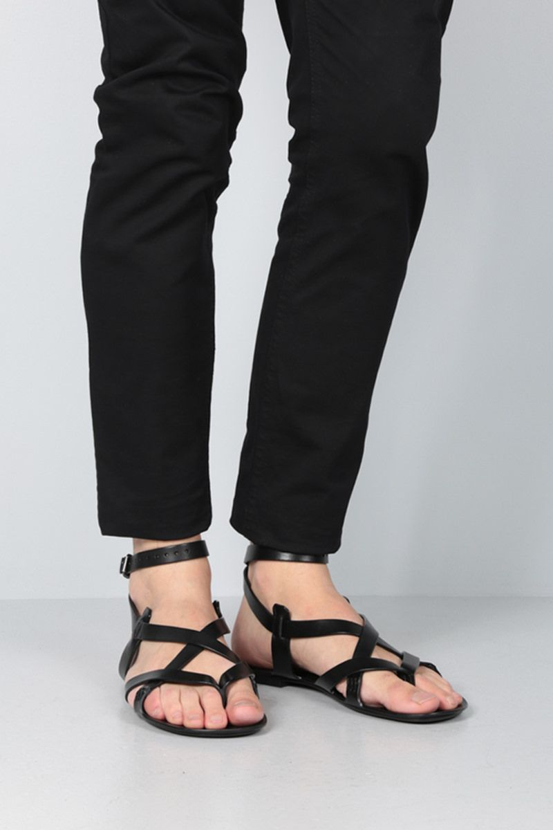 SAINT LAURENT: Culver thong sandals in smooth leather Color Black_2