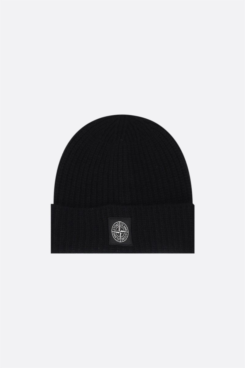STONE ISLAND: logo patch ribbed wool beanie Color Black_1