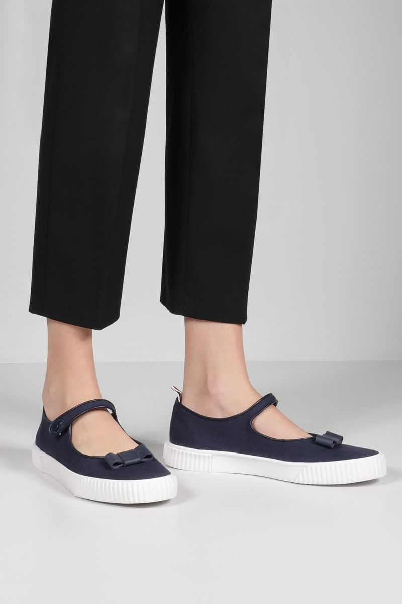THOM BROWNE: bow-detailed canvas mary-jane ballerinas Color Blue_2