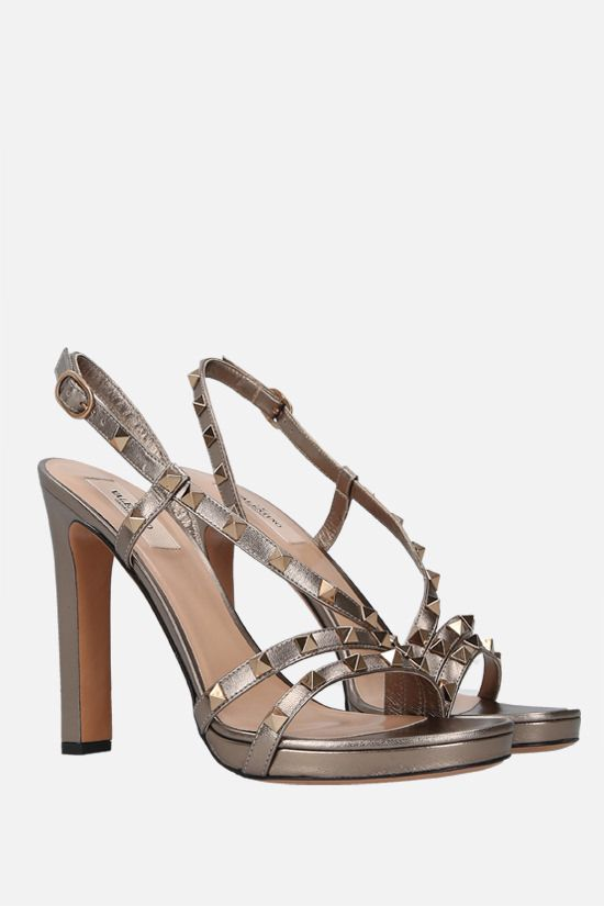 VALENTINO GARAVANI: Rockstud laminated leather sandals Color Grey_2