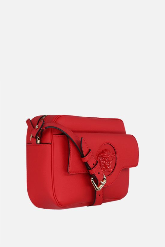 VERSACE: La Medusa grainy leather shoulder bag Color Red_2