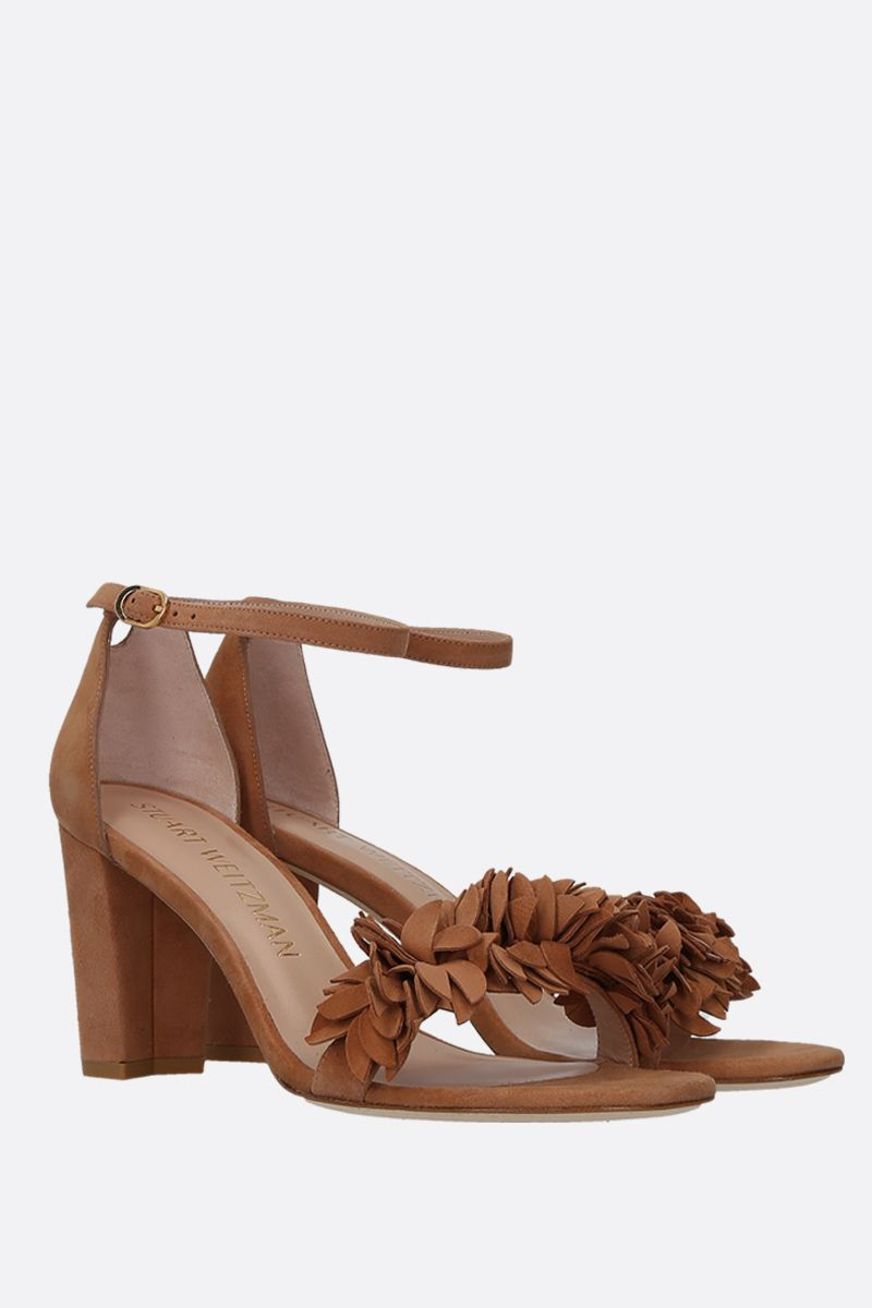 STUART WEITZMAN: Nearlynude Flower suede sandals Color Neutral_2