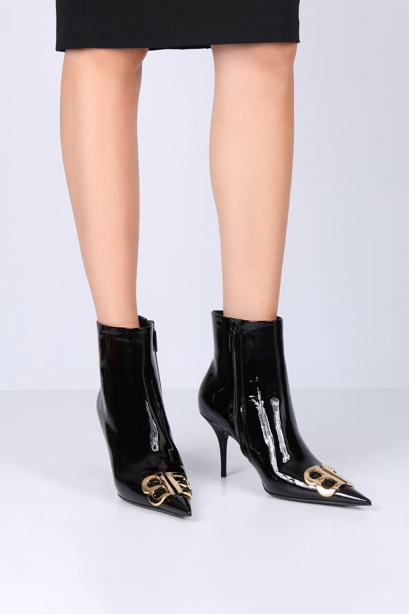 BALENCIAGA: BB ankle boots in patent leather Color Black_2
