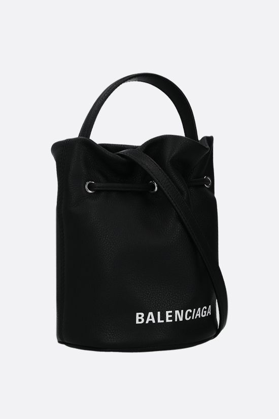 BALENCIAGA: Everyday XS grainy leather bucket bag Color Black_2