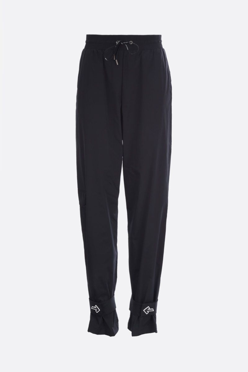 OFF WHITE: pantalone jogging in nylon patch Arrow Colore Nero_1