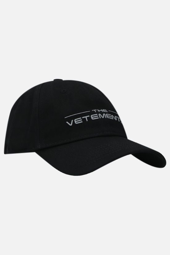 VETEMENTS: The Logo cotton baseball cap Color Black_2