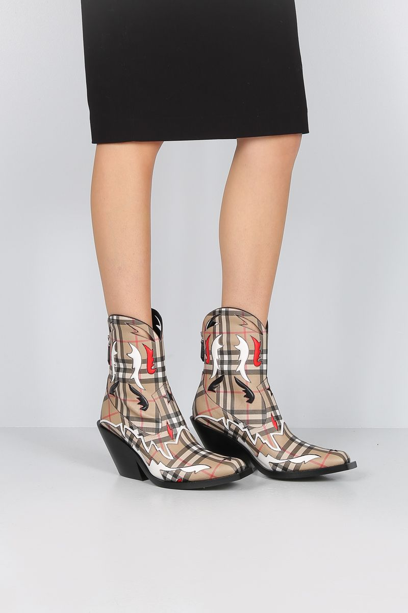 BURBERRY: Matlock western boots in Vintage check e-canvas Color Multicolor_2