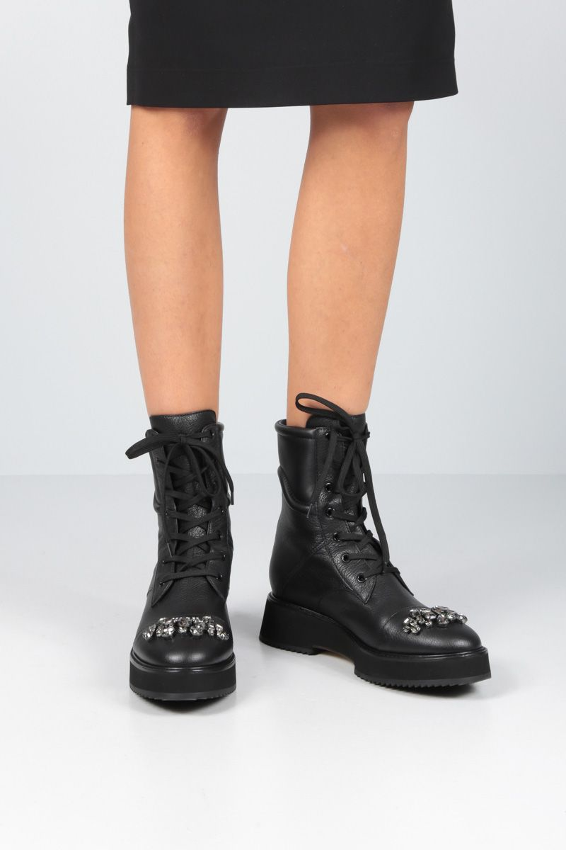 JIMMY CHOO: Hadley combat boots in grainy leather Color Black_2