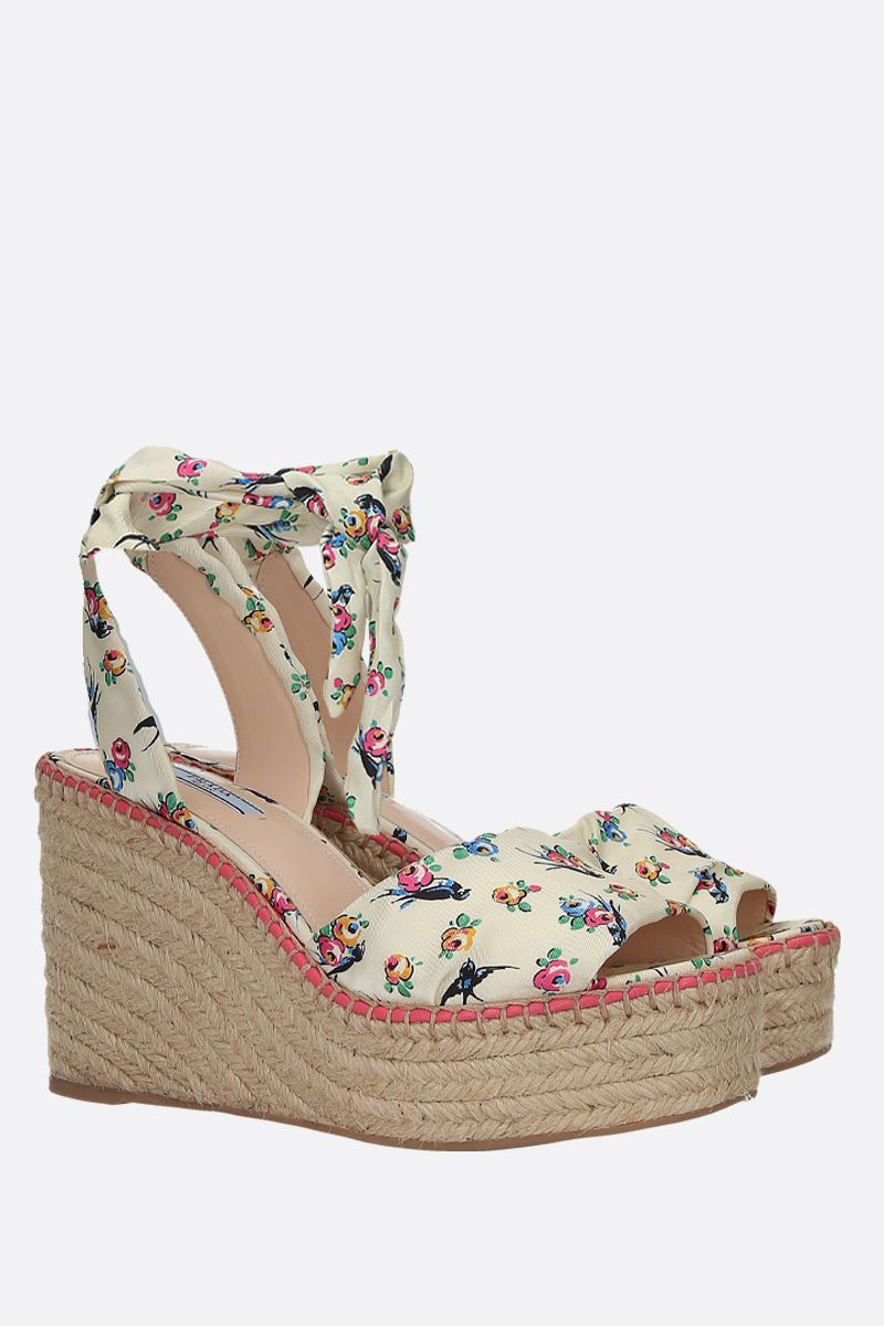 PRADA: Swallow print twill wedge sandals Color White_2