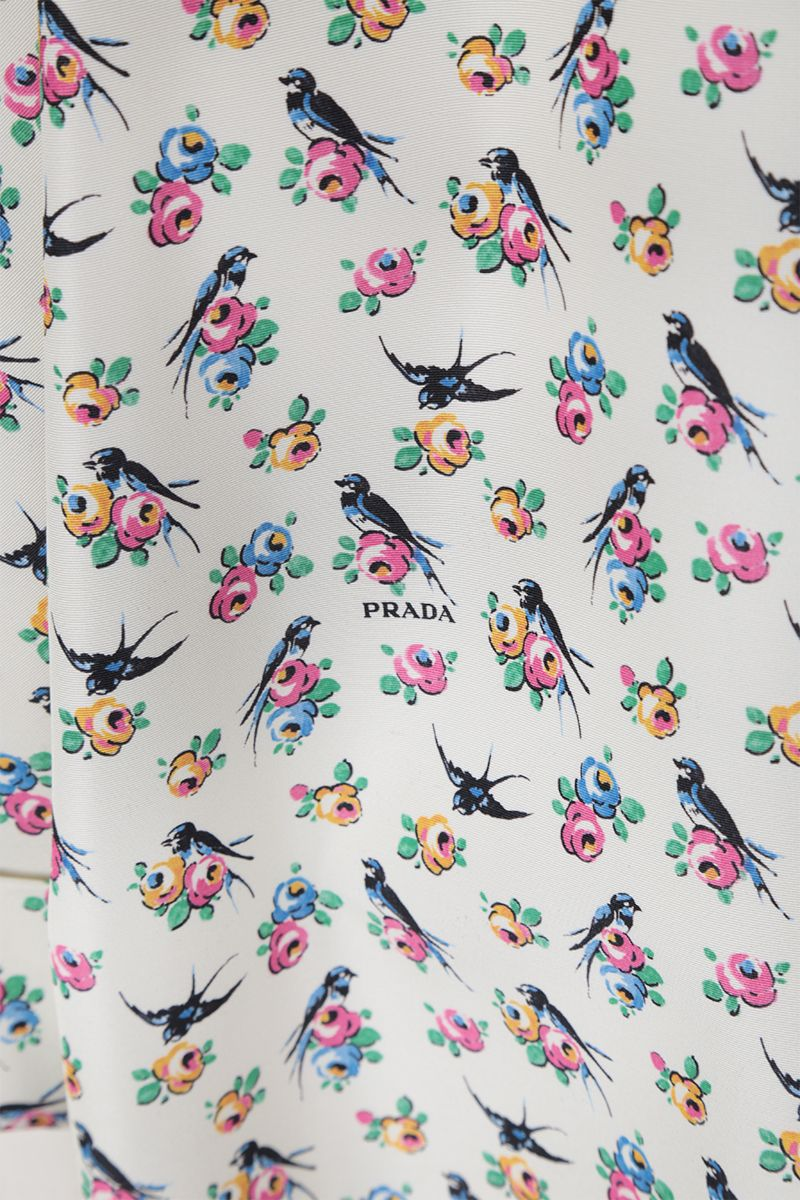 PRADA: Swallow printed faille oversized overcoat Color White_4