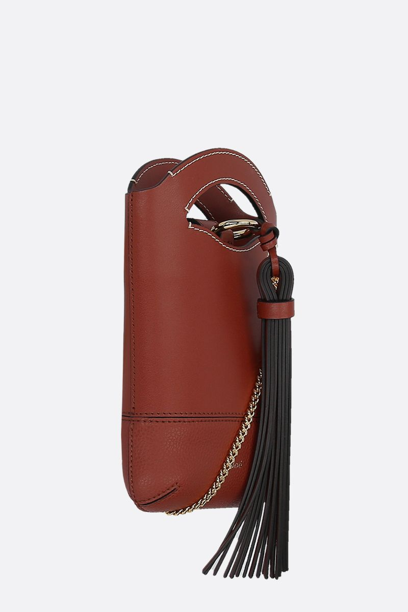CHLOÈ: Walden smooth and grainy leather smartphone holder Color Brown_2