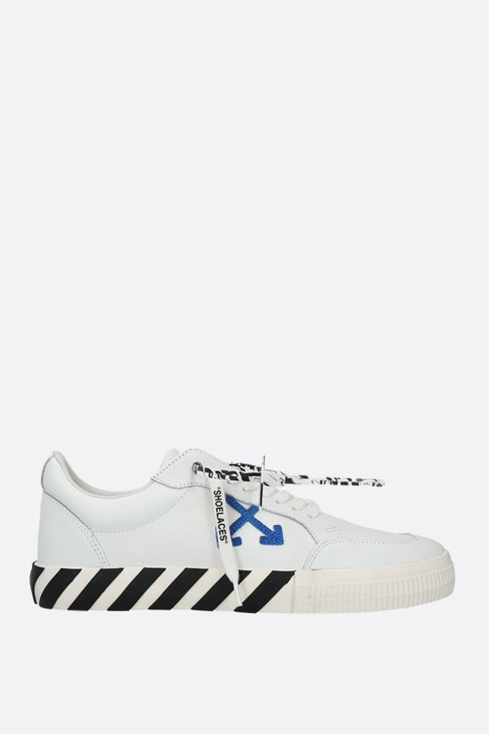 OFF WHITE: sneaker Low Vulcanized in pelle martellata Colore Bianco_1
