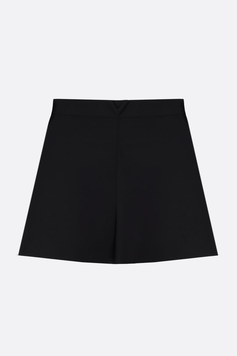 VALENTINO: V-detailed Crepe Couture shorts Color Black_1