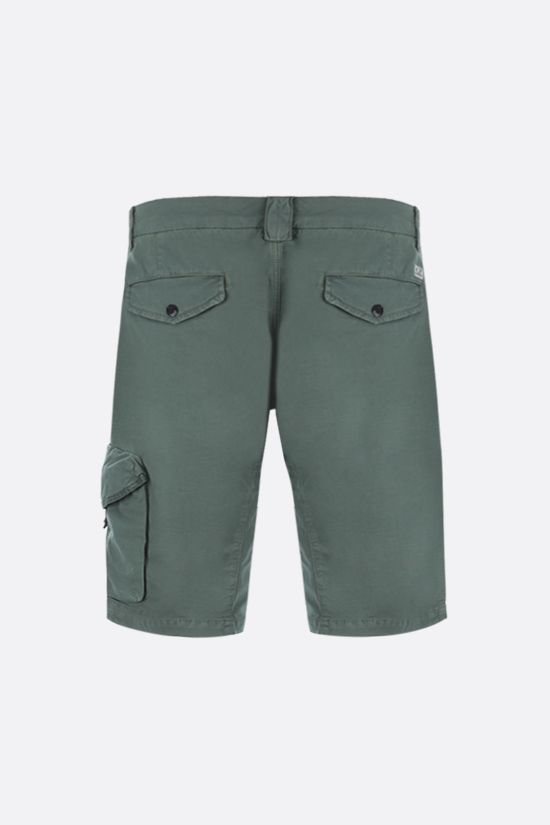 CP COMPANY: stretch cotton cargo shorts Color Green_2