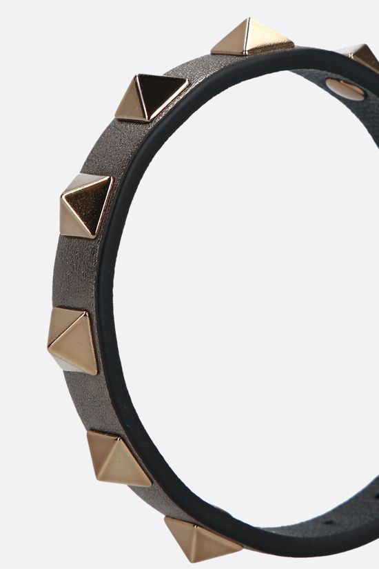 VALENTINO GARAVANI: Rockstud smooth leather bracelet Color Grey_2