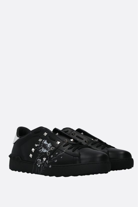 VALENTINO GARAVANI: Rockstud Untitled Flowersity smooth leather sneakers Color Black_2