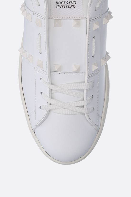 VALENTINO GARAVANI: Rockstud Untitled smooth leather sneakers Color White_5