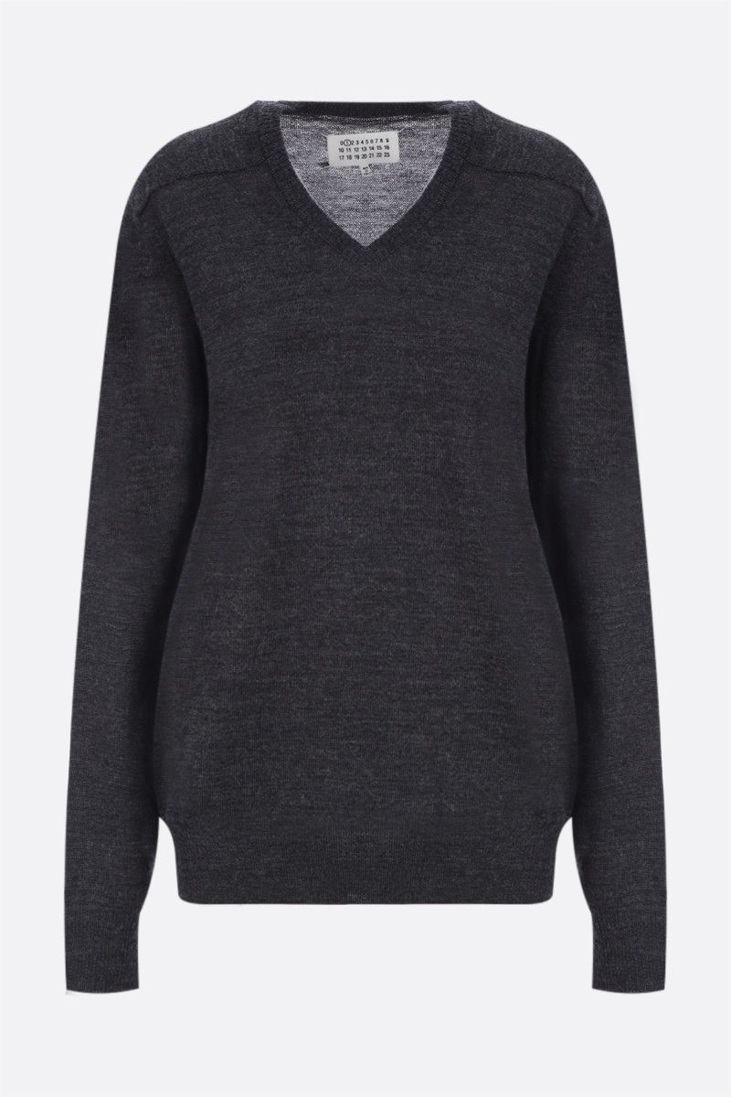 MAISON MARGIELA: pullover oversize in lana con patch Colore Grey_1