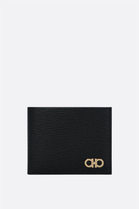 SALVATORE FERRAGAMO: Gancini-detailed textured leather billfold wallet Color Black_1