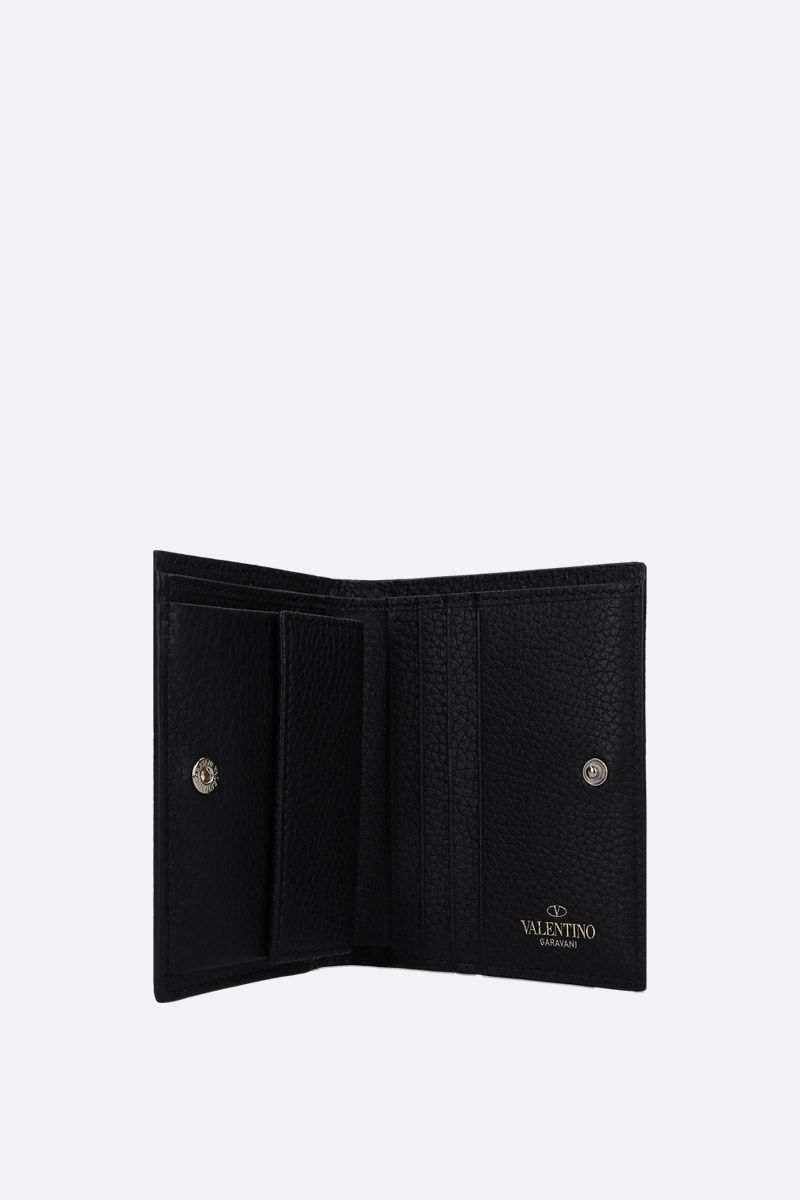VALENTINO GARAVANI: Rockstud grained leather french wallet Color Black_2