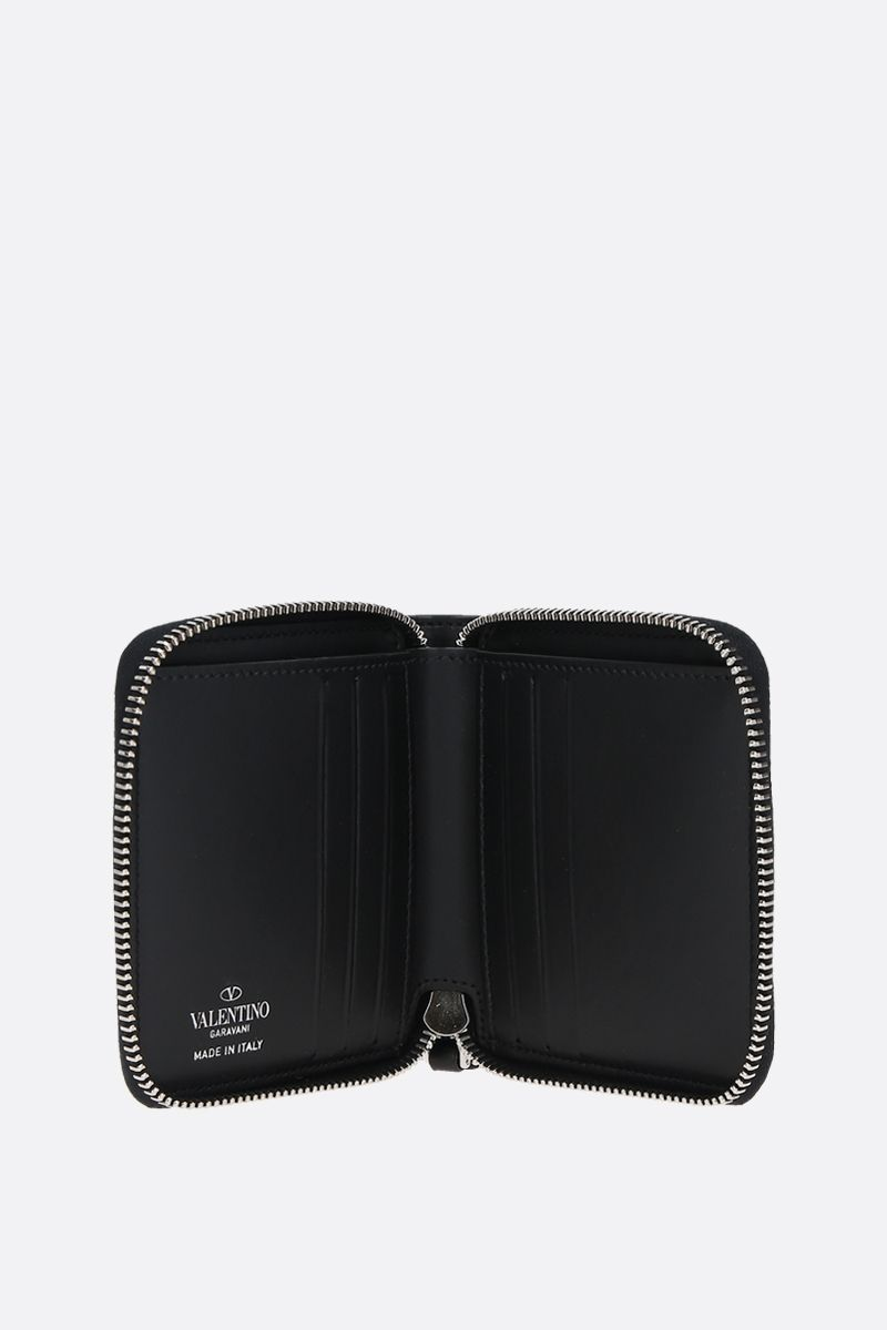 VALENTINO GARAVANI: VLTN smooth leather zip-around wallet Color Black_2