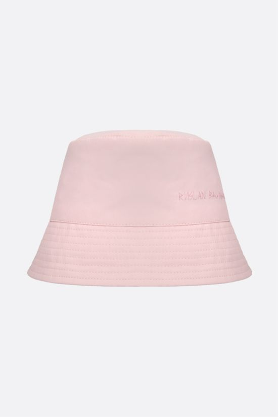RUSLAN BAGINSKIY: logo embroidered nylon bucket hat Color Pink_1