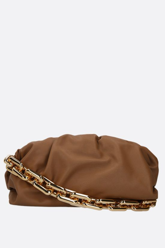 BOTTEGA VENETA: The Chain Pouch smooth leather clutch Color Brown_1
