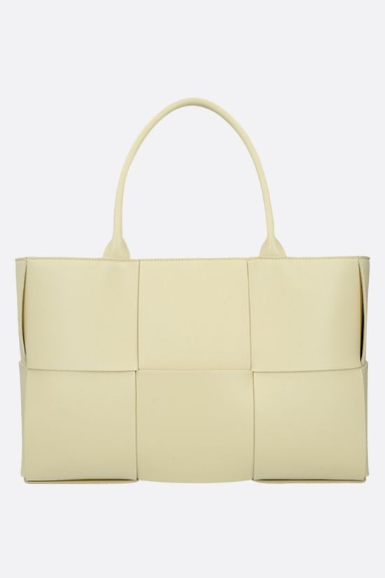 BOTTEGA VENETA: Arco tote bag in Maxi Intrecciato nappa Color Yellow_1
