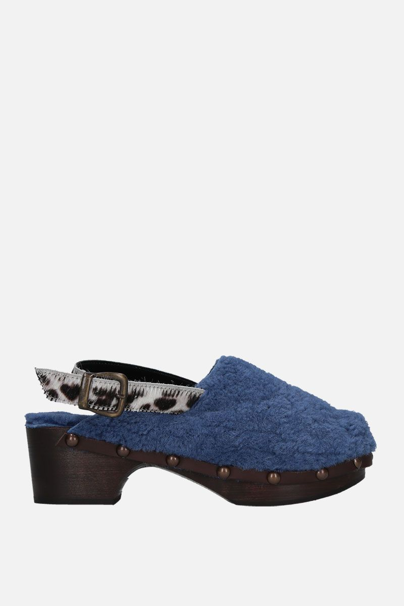 AVEC MODERATION: Ruka clogs in shearling Color Blue_1