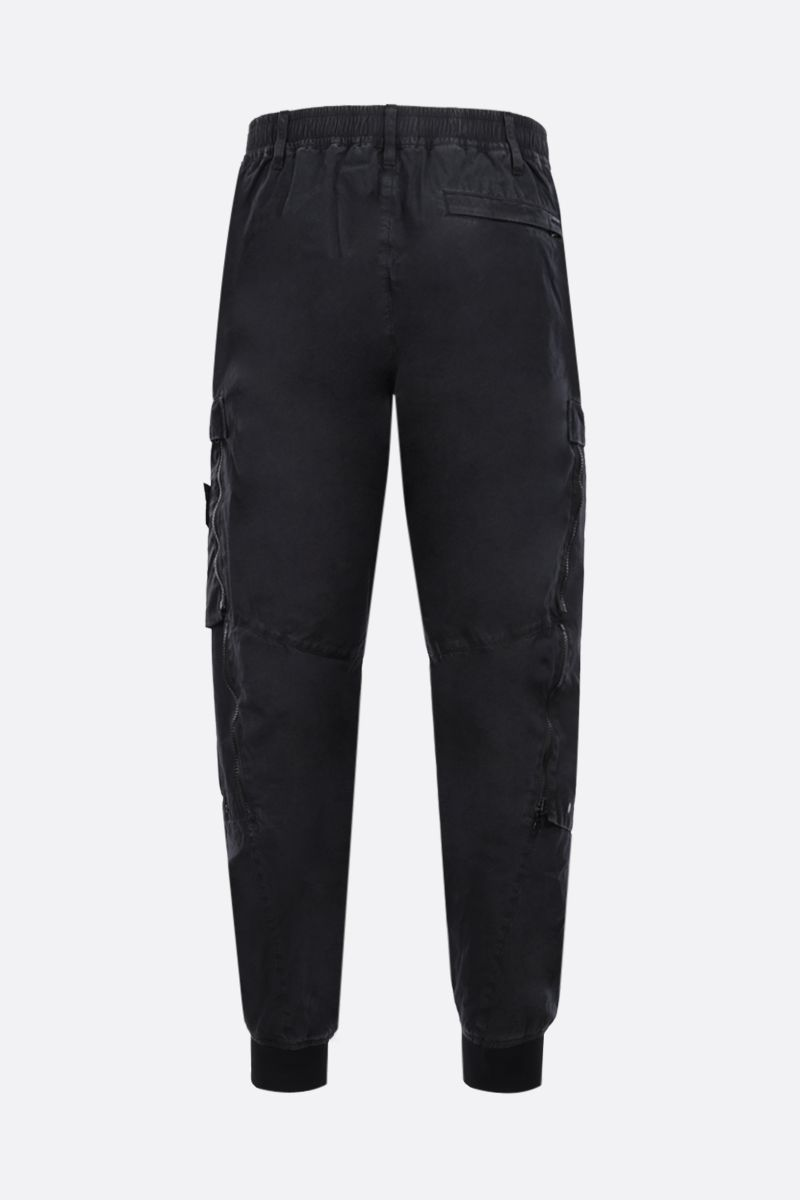 STONE ISLAND SHADOW PROJECT: logo badge-detailed technical cotton cargo pants Color Black_2