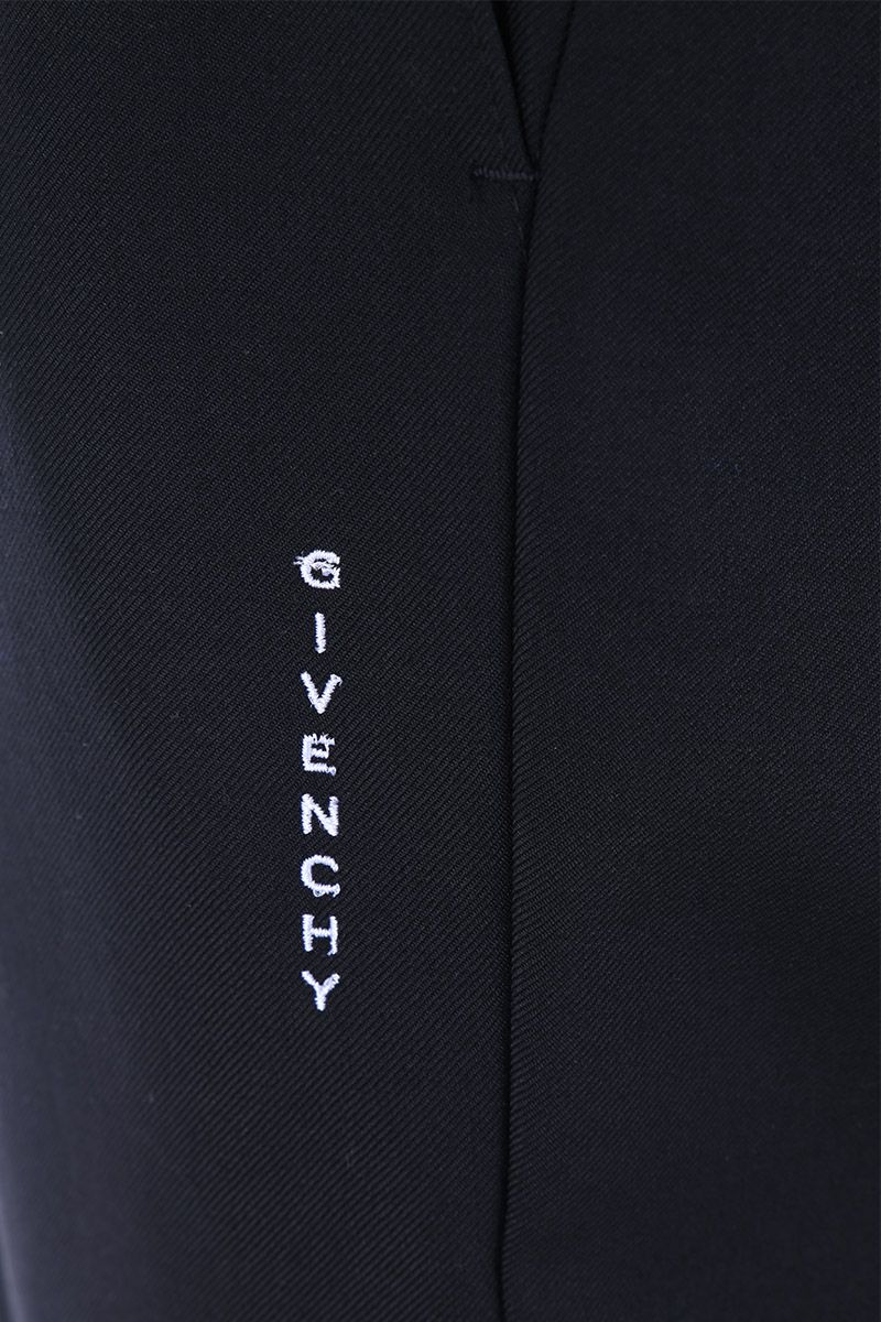GIVENCHY: pantalone jogging in lana ricamo Givenchy Colore Nero_3