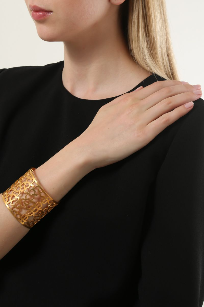 PIPPA SMALL: Firbaa cuff bracelet in gold vermeil Color Gold_2