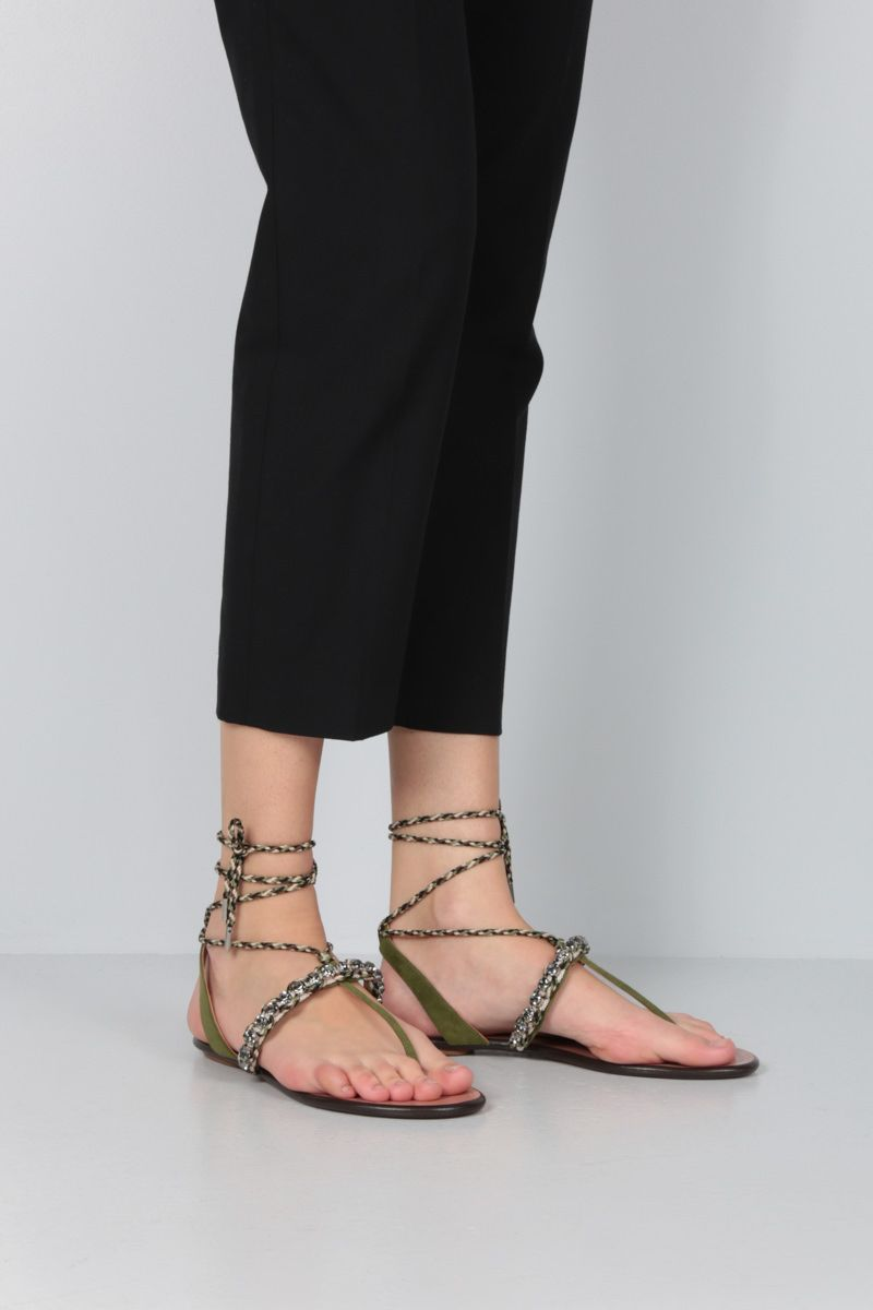 AQUAZZURA: Surf velvet suede thong sandals Color Green