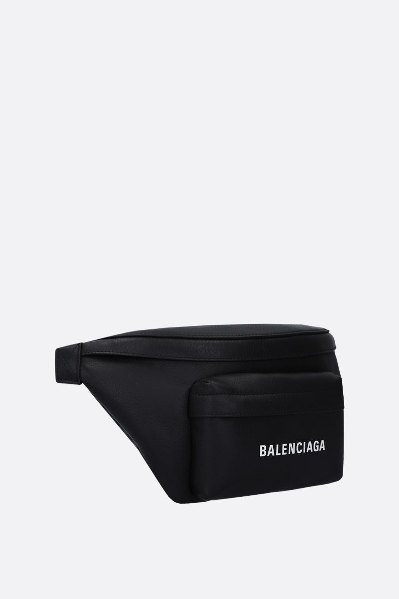 BALENCIAGA: Everyday L belt bag in smooth leather Color Black_2