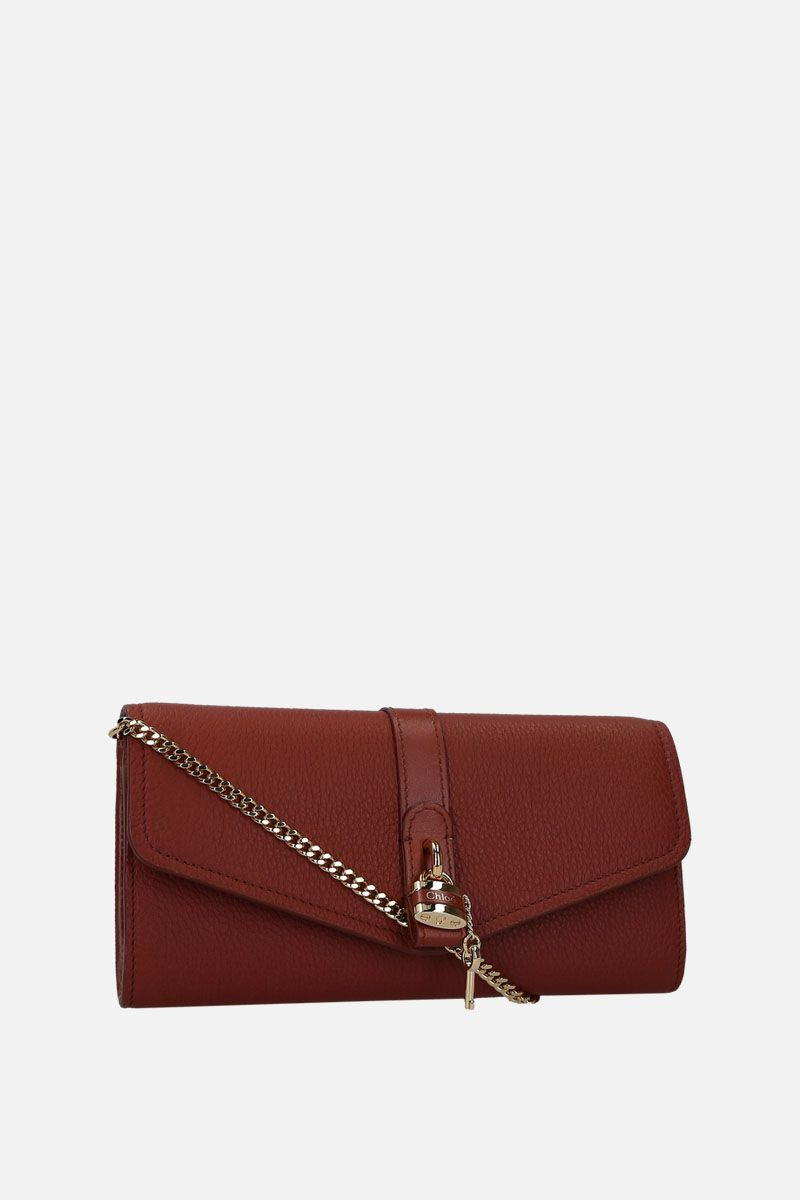 CHLOÈ: Aby chain wallet in grainy leather Color Brown_2