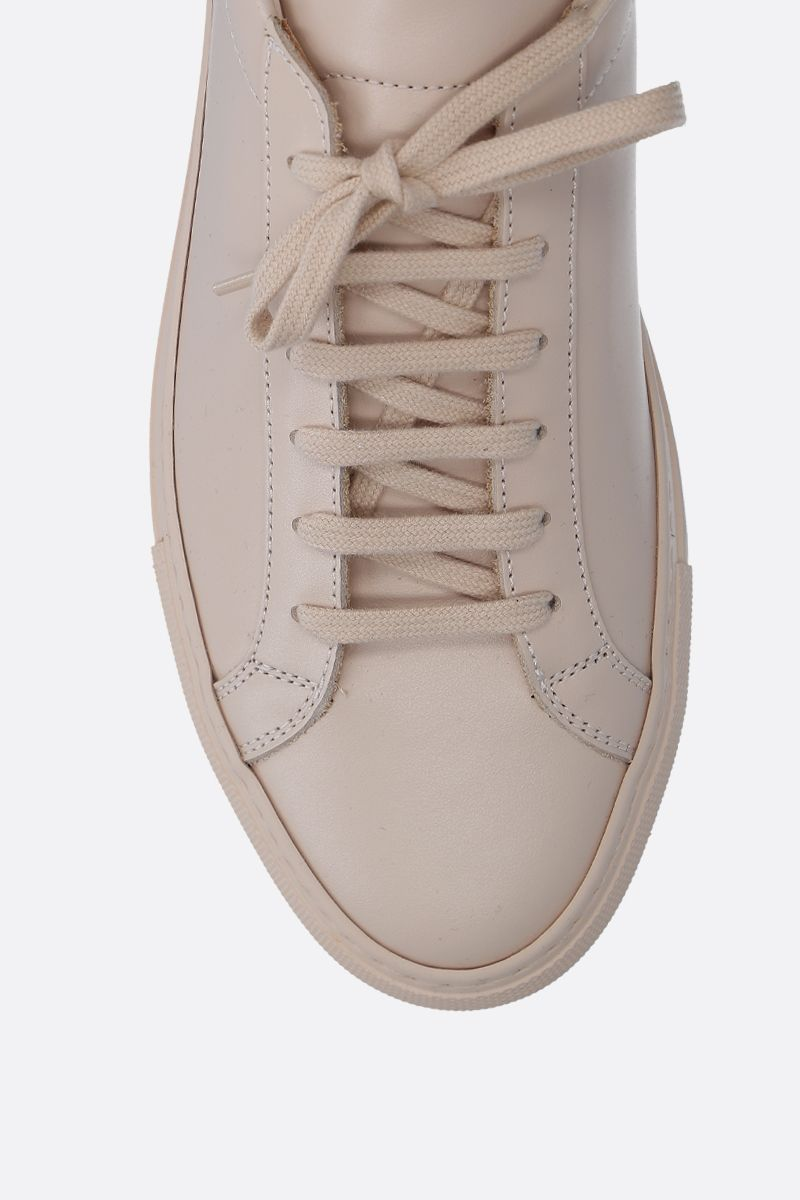 COMMON PROJECTS: Original Achilles sneakers in smooth leather Color Neutral_4