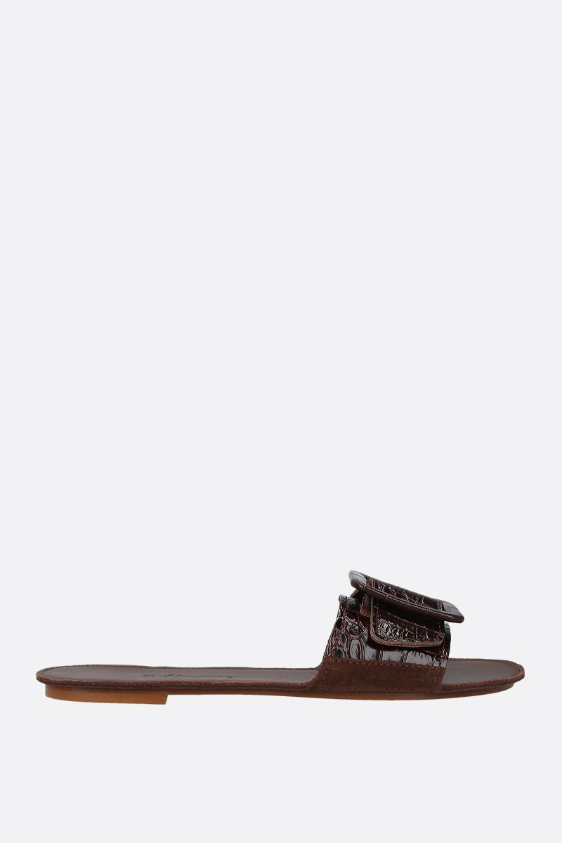 DEFINERY: The Loop slide sandals in lizard embossed leather Color Brown_1